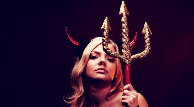 The Golden Trident: 3 Magic Steps For Kick-Ass, Killer Blogging
